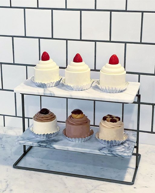 "PARIYA_OFFICIAL on Instagram: ""We're Ready For Holiday Season.  Strawberry Classic Shortcake ストロベリークラシックショートケーキ  Mont Blanc Shortcake モンブランショートケーキ  Pecannuts…"" (95235)"