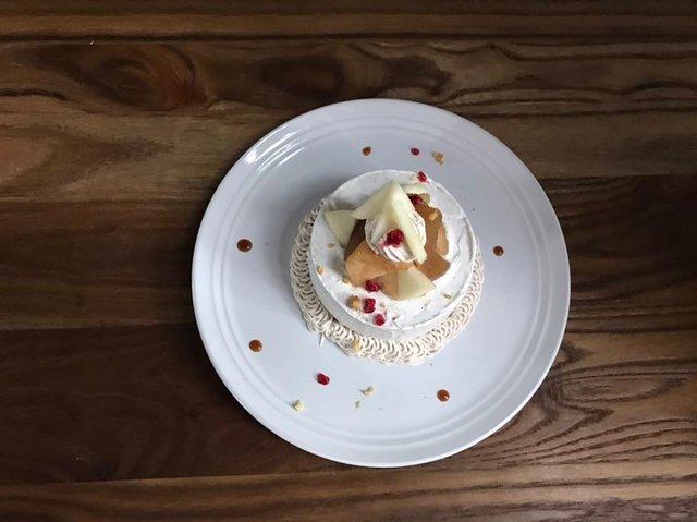"""cafe 8jours on Instagram: """"#下北沢カフェ#川越カフェ#紅茶#ミルクティー#カフェ求人11月のシフォン『積木遊び』キャラメルの香りの茶葉を加えたシフォンケーキに、紅茶でコトコト煮たりんごと、プレザーブのりんご、生のりんご、そして忘れてはいけないスパイスの効いたクリームでおめかししました🍎"""" (97016)"""