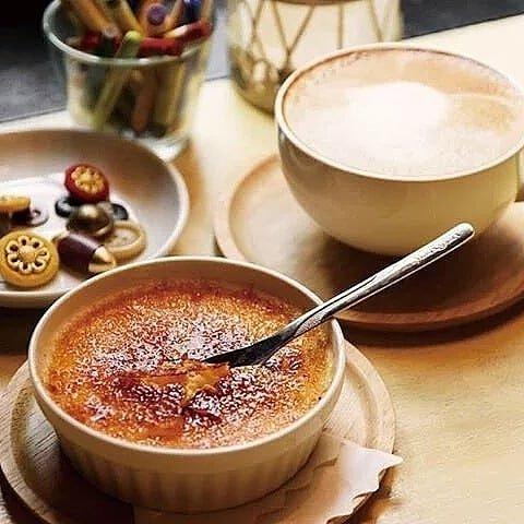 """ブリキボタン CAEE&DINING on Instagram: """"一番人気のスイーツ⭐アメリのクレームブリュレ  #クリームソーダ #blikjebutton #ブリキボタン #下北沢 #下北沢カフェ #下北 #下北カフェ #カフェランチ #チーズフォンデュ#カフェ好きな人と繋がりたい #カフェスタグラム #lunch #カフェ #cafe…"""" (97032)"""