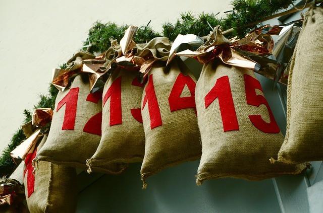 Free photo: Advent Calendar, Saeckcken, Advent - Free Image on Pixabay - 1236036 (4459)