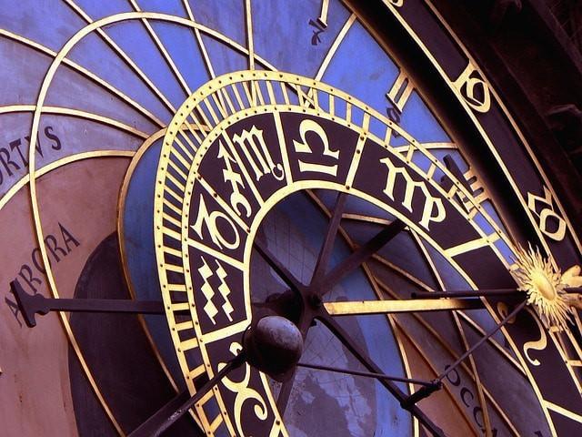 Free photo: Clock, Historical, Prague, City - Free Image on Pixabay - 1096054 (9600)