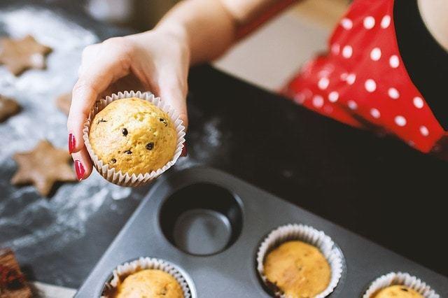Free photo: Cooking, Baking, Sweets, Woman - Free Image on Pixabay - 1940689 (10076)