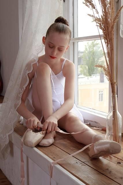 Free photo: Ballerina, Ballet, Active, Balance - Free Image on Pixabay - 3223321 (55042)