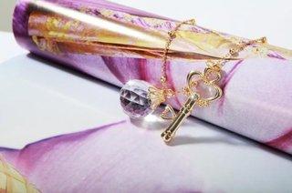 サイズ:鍵:横2.0cm、縦4.7cm。銀水晶:横2....