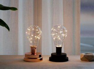 LEDインテリアライト。電球の形が可愛いです◎