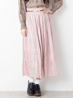 流行りのロングスカートは2020年も重宝しそう。サ...