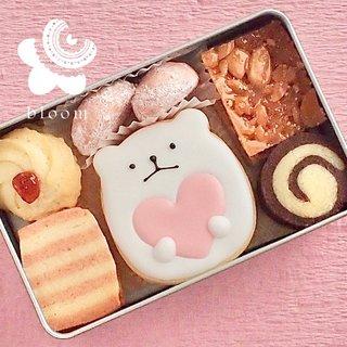 くまさんクッキーが入った可愛いクッキー缶。内容:...