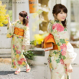 クリーム色に菊とオウムの柄が可愛い浴衣です。浴衣・...