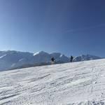 初めてスキーをすべる子必見!