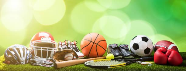 ピッチ上の各種のスポーツ機器のクローズ アップ