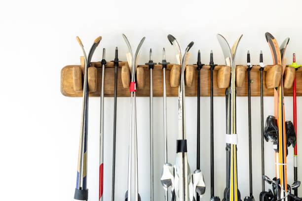 多くのスキー季節のストレージ用のガレージでカスタマイズ...
