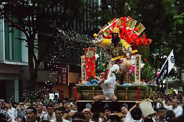 """7月に行きたい名物祭り""""博多祇園山笠"""""""