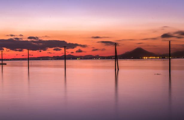 日本のウユニ塩湖のマジックアワー