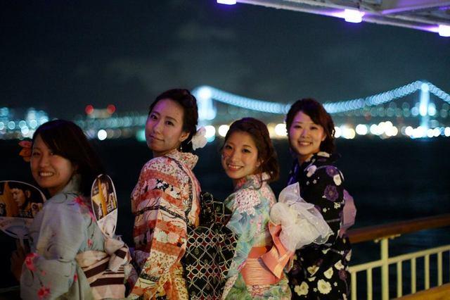 ゆかたで楽しめる夏の風物詩、東京湾納涼船:YUKATA...