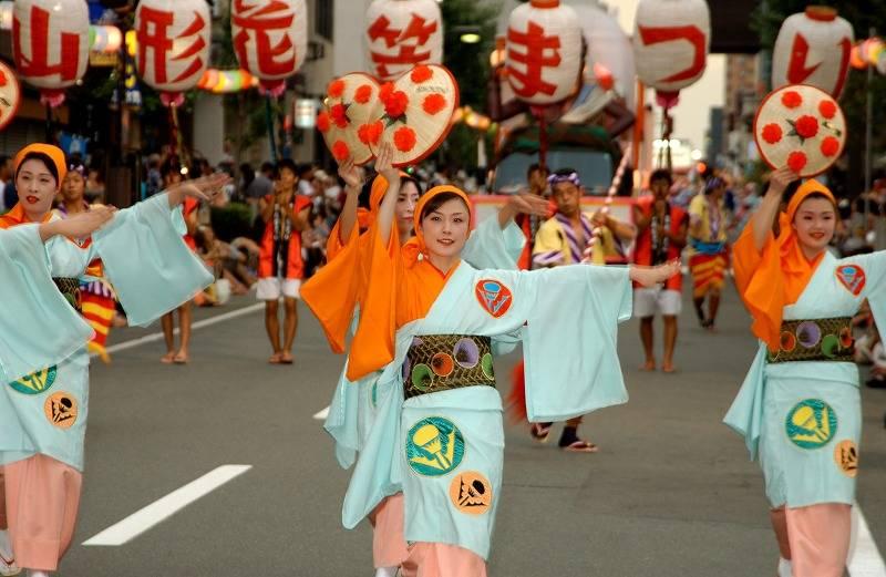 """8月に行きたい名物祭り""""山形花笠まつり"""""""