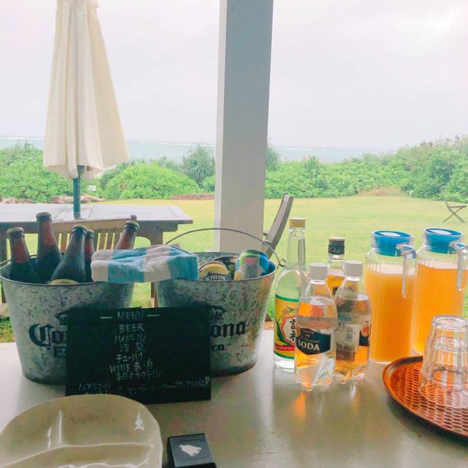 気分は南国、石垣島の海外風カフェでリラックスタイム
