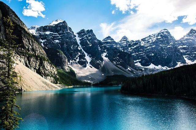 Free photo: Moraine Lake, Lake, Mountain - Free Image on Pixabay - 1718082 (888)