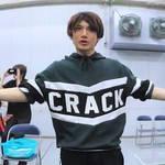 舞台『クレスト☆シザーズ』の稽古場が覗けるVRコンテンツが配信 numan
