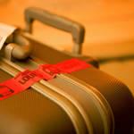 スーツケースを長く使うコツは?メンテナンス方法と使用上の注意点は?