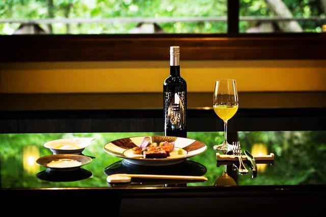 日本茶を世界へ!「G20大阪サミット」の20カ国首脳に、玉露の「BOTTLING TEA(ボトリングティー)」で 癒しを提供。