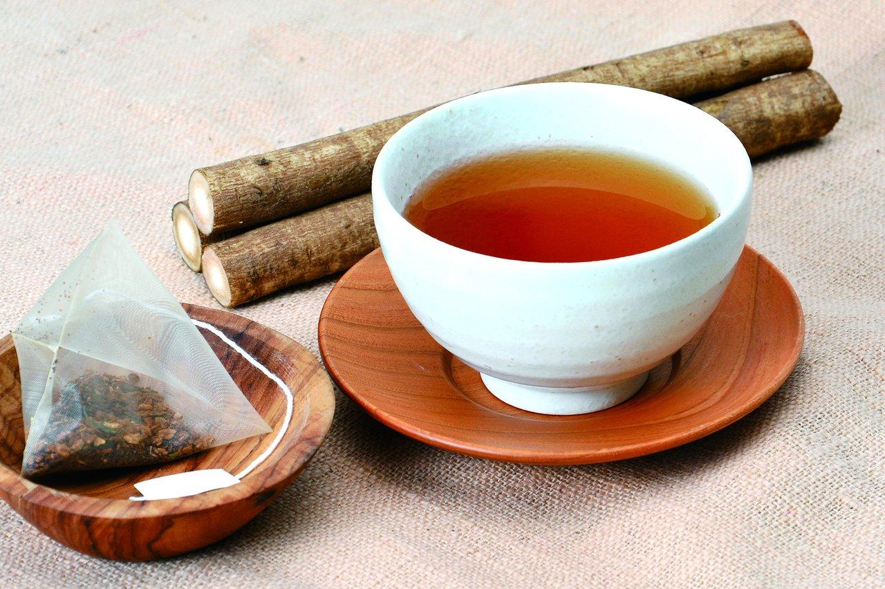 佐々木製茶から業界初の「カテキンごぼう茶」発売。茶処、静岡掛川産の一番茶を使用。カテキンと食物繊維とのWパワー。