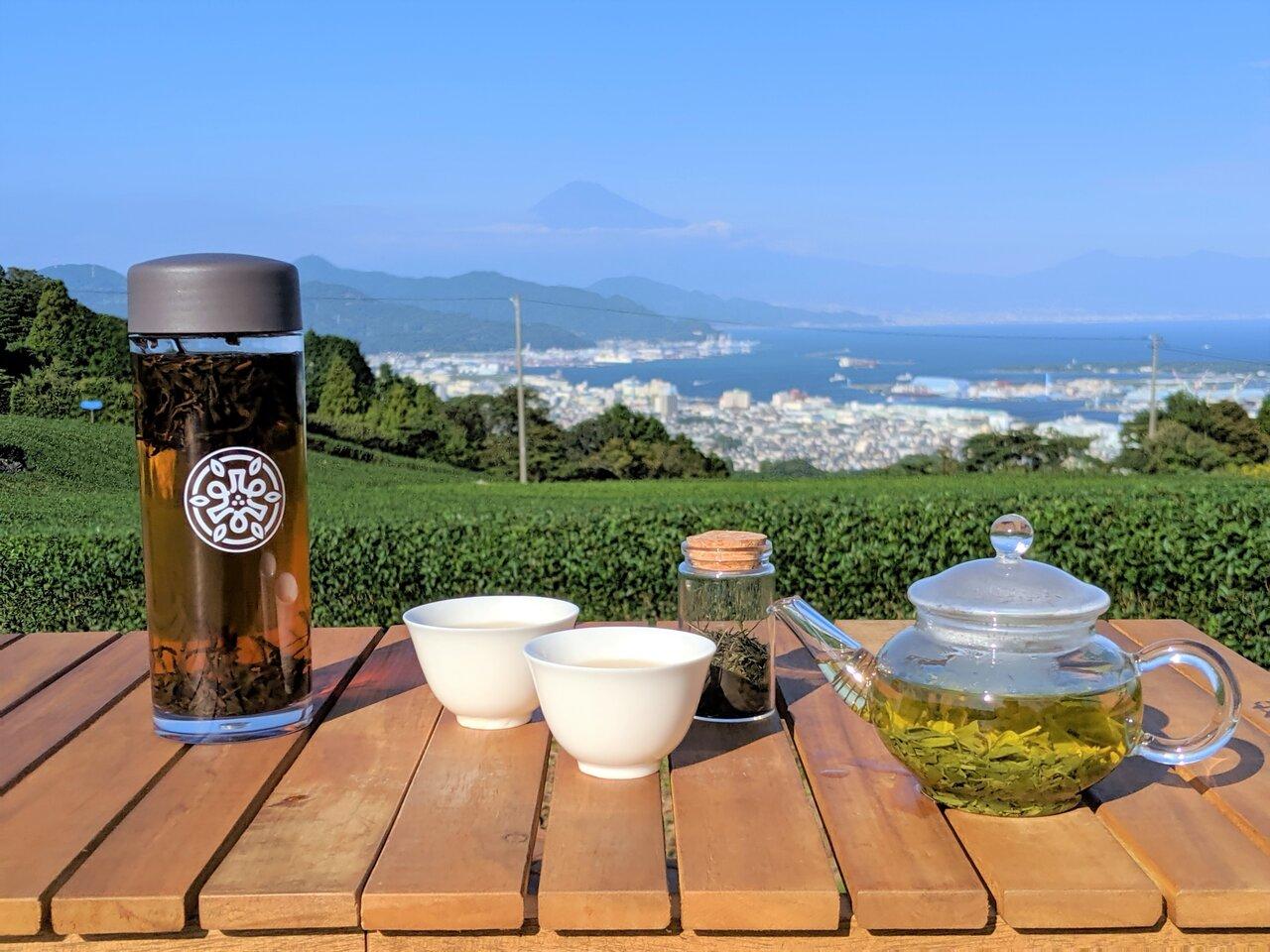 「茶の間」3カ月ぶりに通常予約再開!深緑の茶畑につくられたティーテラスで、三密を避けて再会を