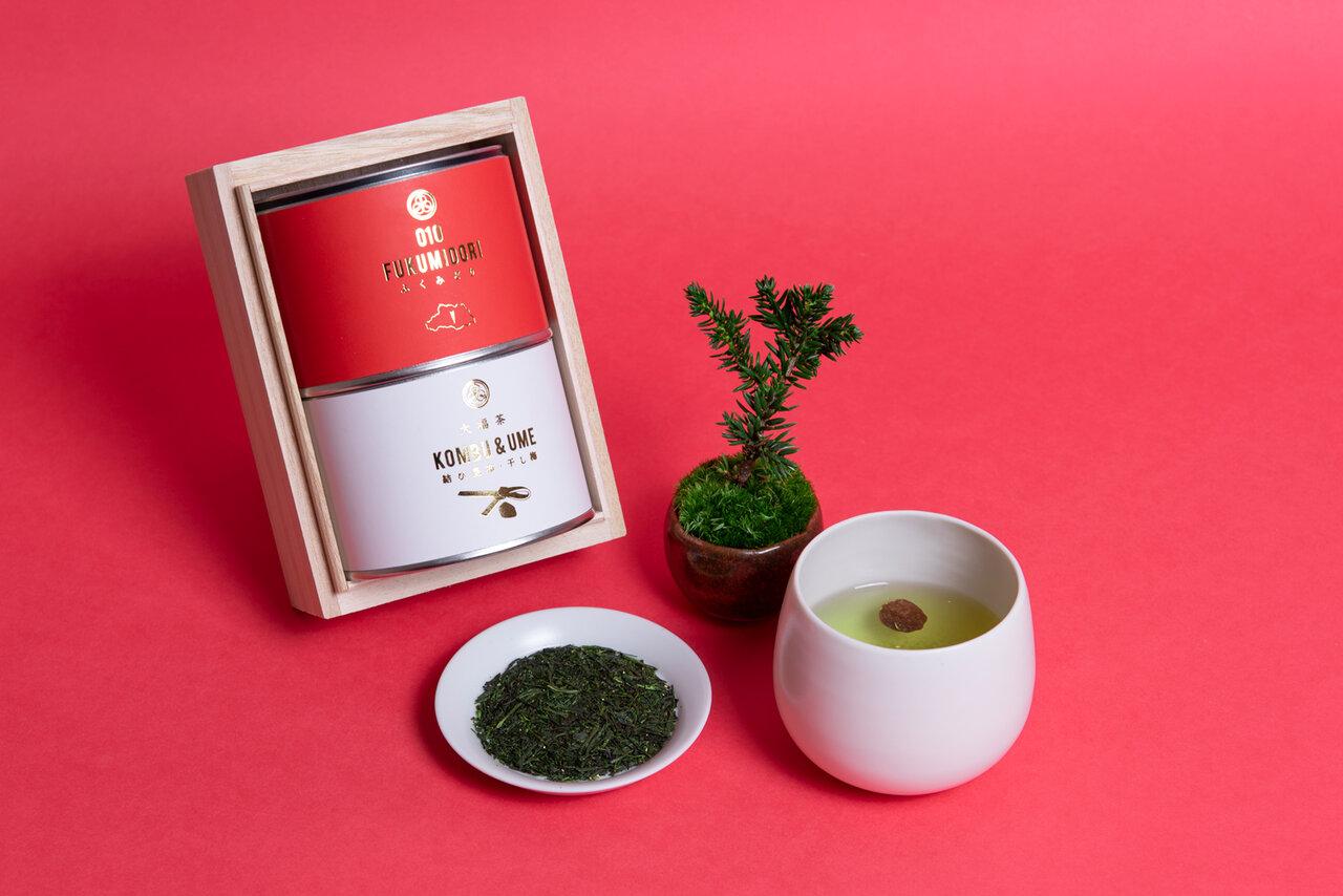 【煎茶堂東京】2021年の「無病息災」を願うお茶「金粉入り大福茶(桐箱入り)」を発売!