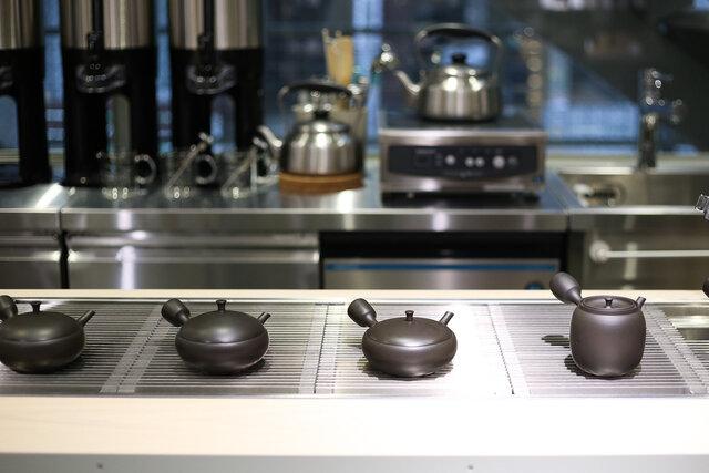 すすむ屋茶店 DESCENTE TOKYO 渋谷明治通り