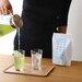 日本茶マガジン|日本茶を学び、楽しむオンラインメディアです。 | 暑い日にピッタリ!カンタンで美味しい水出し緑茶の作り方