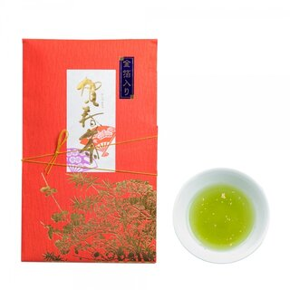 召し上がる方の一年の幸を願い、厳選した宮崎産の煎茶と高...