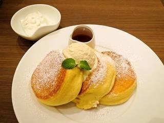 Report:『幸せのパンケーキ 大宮店』プレオープン!