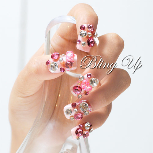 Pink 3D Crystal Nail Art with Hearts | Japanese Nail Art, DIY Decoden and Cell Phone Cases by Bling Up | We Heart It (4158)