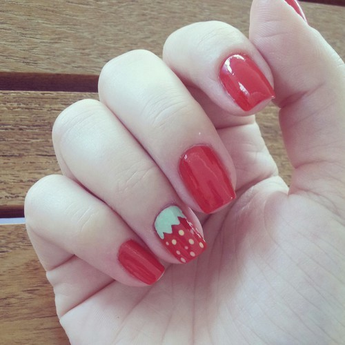 Nail art by marilou | We Heart It (5696)