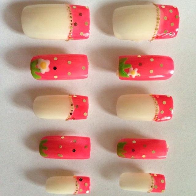 yuki_ojohさんのピンク,デート,チップ,フルーツ,ハンド,セルフネイルネイル♪[865031]|ネイルブック (5703)
