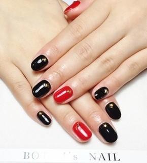 メリハリ赤黒ネイル