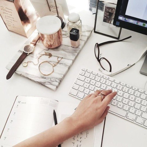 Desk goals  by Yasemin ♛ | We Heart It (13312)