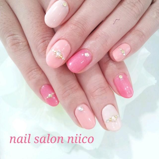 3色ピンクネイル