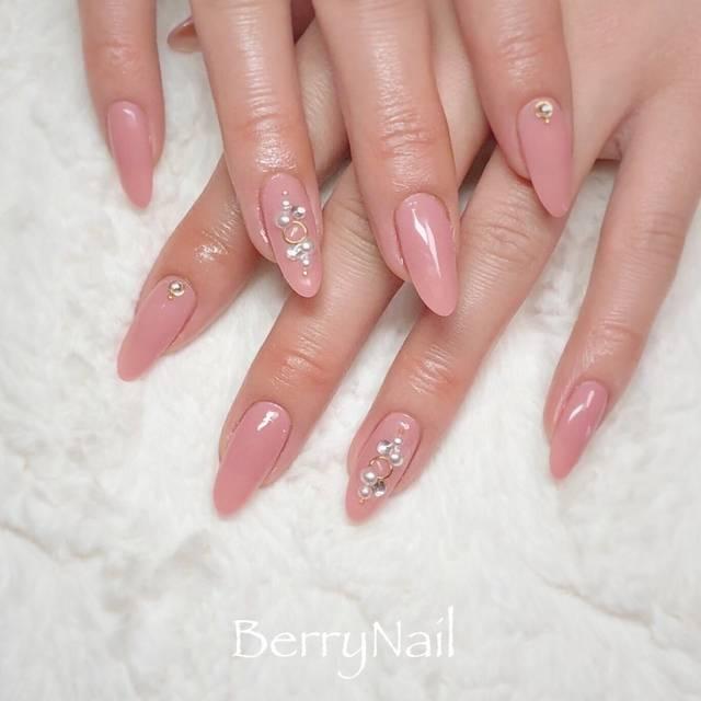 9.ピンク単色ネイル
