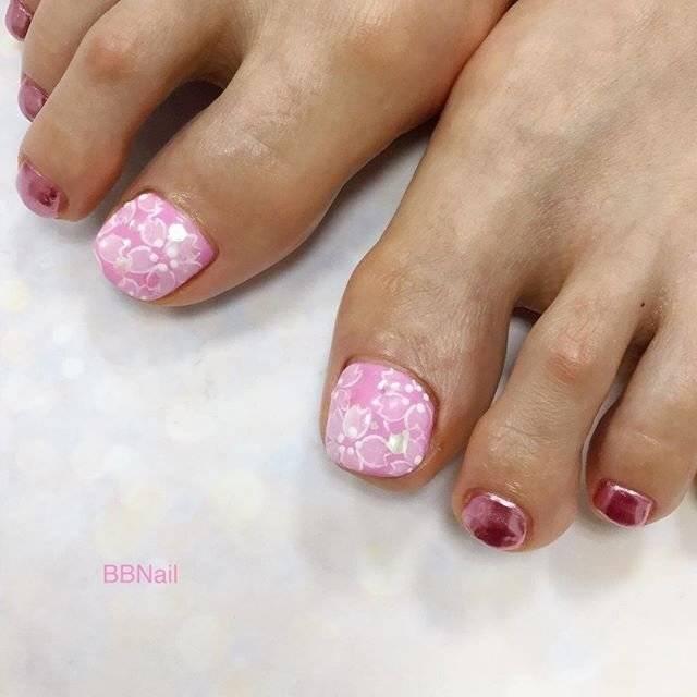 34.桜フットミラーネイル