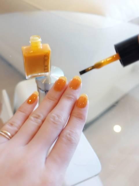 1.ワンカラービタミンオレンジネイル