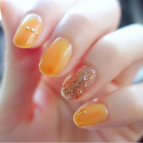 6.ラメ+オレンジネイル