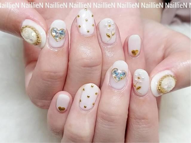パールフラワー🌸❤️✨ nailfootcaresalonlien所属・NaillieNのネイルデザイン ミニモ (36790)
