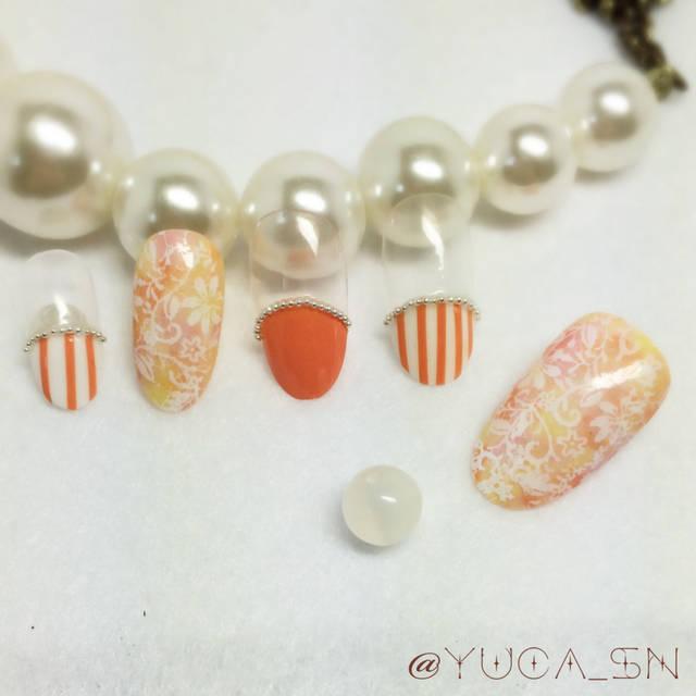 6.オレンジ丸フレンチ×ストライプネイル