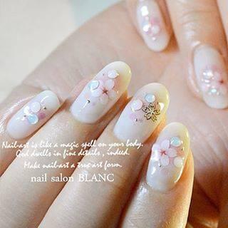 "nail salon blanc on Instagram: ""さくらネイル♡  nail salon BLANC 大阪市中央区 本町 http://www.nail-salon-blanc.com/ http://ameblo.jp/nail-salon-blanc/…"" (20290)"