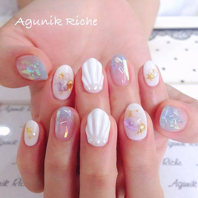 """Agunik Riche (アグニークリッシェ) on Instagram: """"#マーメイドネイル ♡→Sサマ  #agunikriche #nail #nailstagram  #shellnail #summernail #marmaidnail #followme #fashion #アグニークリッシェ #渋谷ネイルサロン  #ネイル #ジェルネイル…"""" (21087)"""