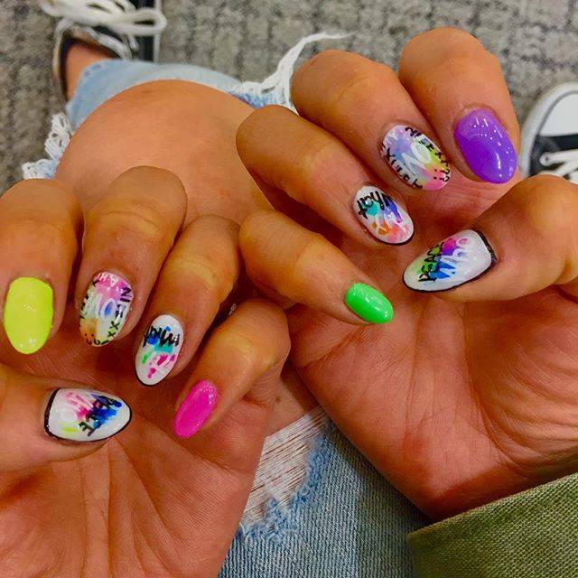 "mikiko on Instagram: ""🆕💅・#nail#nailart#nailstagram#フェスネイル#派手ネイル#サマーネイル#ネオンネイル #instapic#instagood#instalike"" (21200)"
