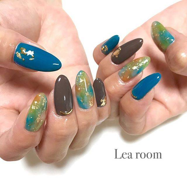 "Private nail Lea room on Instagram: "". . 秋カラーぼかしネイル💅 色合いが可愛い💖 . . #nail #nailart #nails #nailstagram #gelnails #followme #beauty #fashion #casualnails #colorful #instagood…"" (22030)"