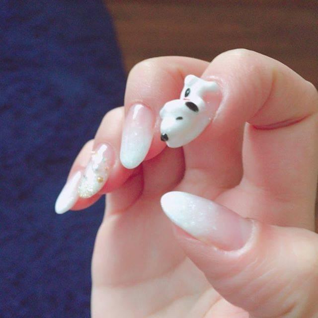 42.Snoopyシンプルネイル