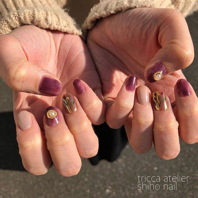 "tricca nail on Instagram: "".深みパープル+ゴールドでアンティークに✨"" (25579)"