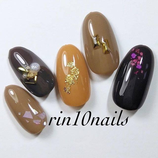 14.大人チョコレートネイル